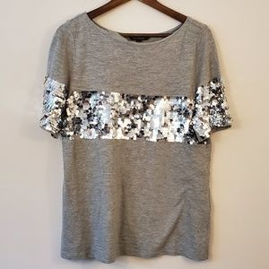 Banana Republic gray t-shirt with silver sequins m